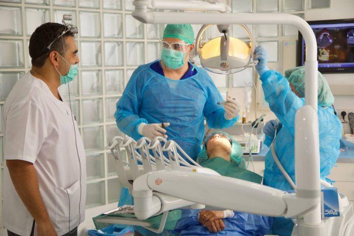 Blanqueamiento dental con endodoncia
