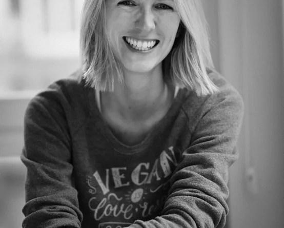 Jenny vom Team Healthy ist Ernährungsberaterin für vegane Ernährung