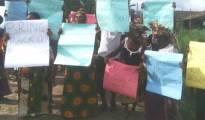 Women protesting at East-Wwest Road,Ughelli axis yesterday