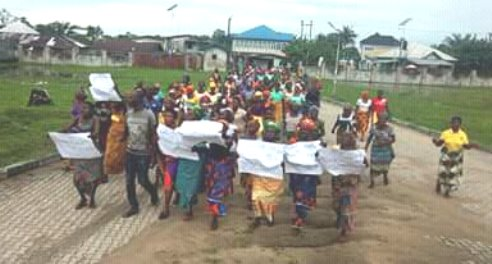 Isoko Women Protest Relocation Of DELSU's Engineering Faculty From Oleh Campus
