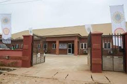 Ogun Govt, Community Leaders  Hail Shell's Donation Of  Ultramodern  Medical Centre