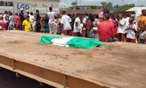 #EndSARS: 13-Year-Old Boy Protester Dies After Falling  Off Moving Truck In Sapele