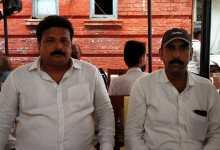 Photo of चौकाघाट दोहरे हत्याकांड में आरोपी विवेक सिंह कट्टा के बाद हेमंत सिंह ने कोर्ट में किया सरेंडर