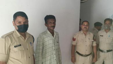 Photo of मोरवा पुलिस के द्वारा जारी स्थाई वारंटियों की गिरफ्तारी अभियान मे एक और वारंटी गिरफ़्तार