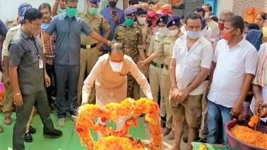 Photo of सतना के वीर सपूत : शहीद जवान धीरेंद्र को राजकीय सम्मान के साथ अंतिम विदाई दी गई।