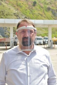 Mühendis Başkanın İcadı: Pvc Borusundan Yüz Siperliği