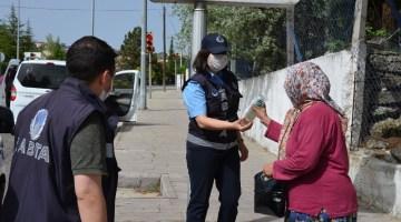 Demircide 65 Yaş Üstü Vatandaşlara Hijyen Seti Hediyesi
