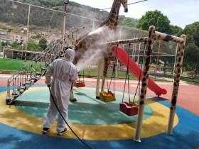 Manisanın Parkları Çocuklar İçin Hazırlanıyor