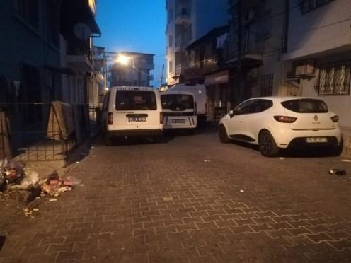 İzmirde Silahlı Saldırı: 1 Ölü, 2 Yaralı