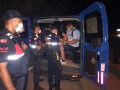 İzmirden Yunanistana Kaçmak İsteyen 9 Fetö Şüphelisi Yakalandı
