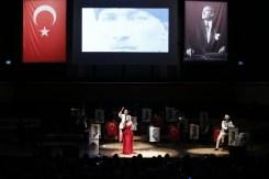 İzmirde Cumhuriyet Coşkusu Her İlçeyi Sardı