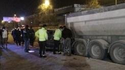 İzmirdeki Trafik Kazasında Polis Memuru Hayatını Kaybetti