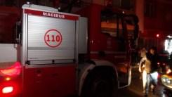 İzmirdeki Yangında Dumandan Etkilenen Kadın Yaşamını Yitirdi