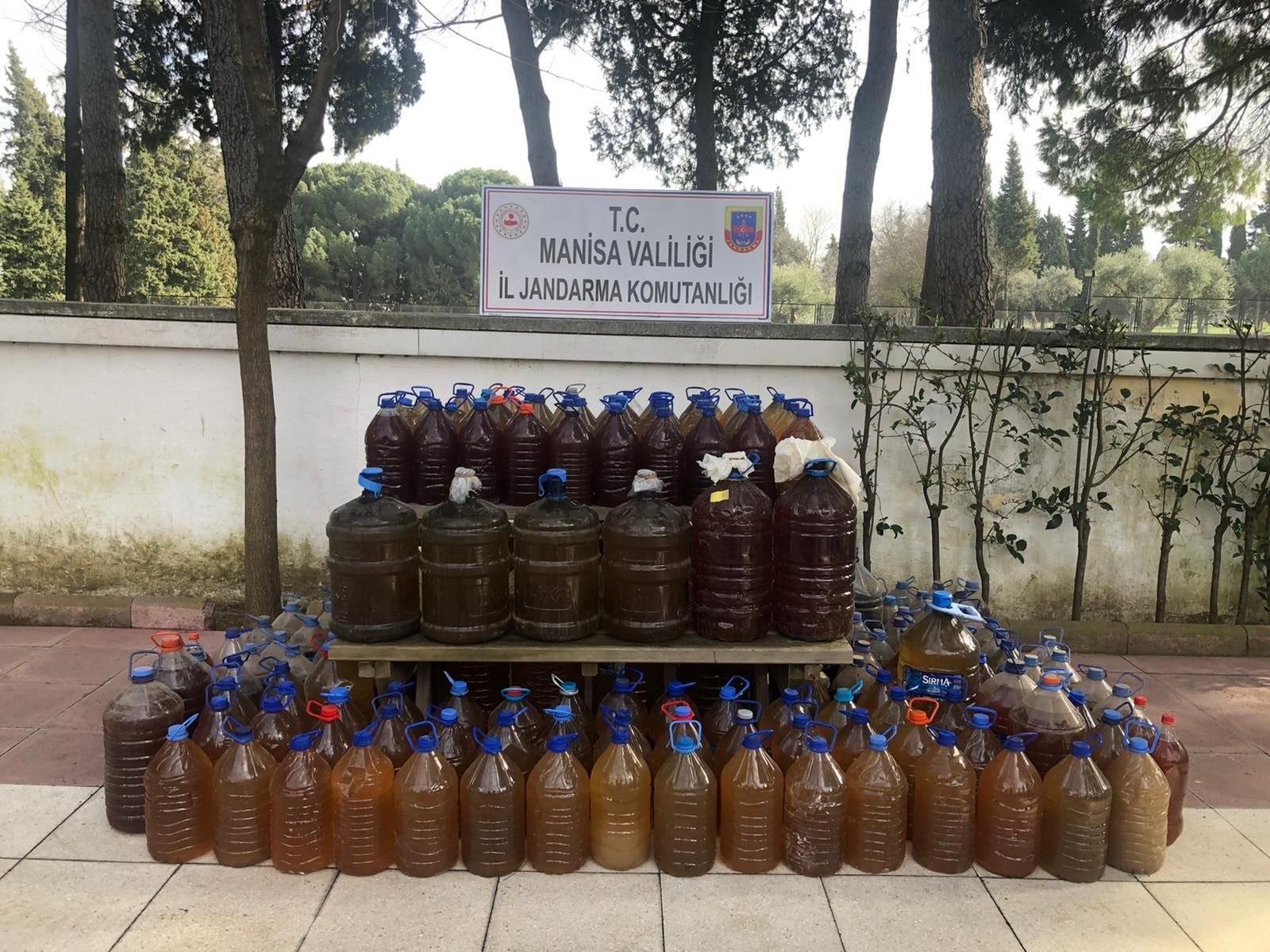 Manisa'da Bin 73 Litre Sahte İçki Ele Geçirildi