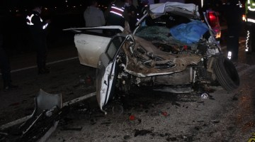 Manisa'da Feci Kaza: Anne-Baba Hayatını Kaybetti, Çocukları Ağır Yaralandı