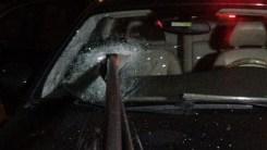 Polisten Kaçan Şüphelinin Otomobili Demirlere Saplandı