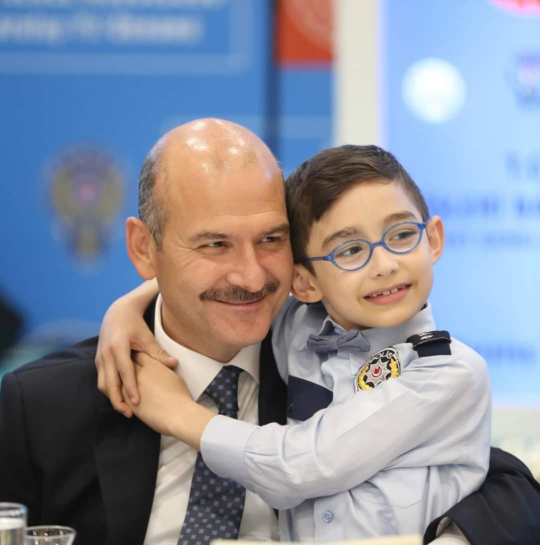 İzmir' de 13 ilçe nüfus müdürlüğü yenilendi