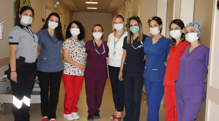 Korona virüsü yenen sağlık çalışanları zorlu süreci anlattı, aşıya dikkat çekti