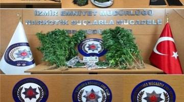 İzmir'de zehir tacirlerine darbe: 20 tutuklama