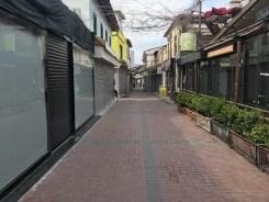 Kuşadasında Sokaklar Ve Caddeler Bomboş