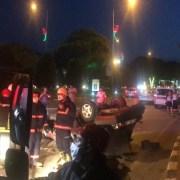 Taksiye Çarpan Otomobil Hurdaya Döndü: 2 Yaralı