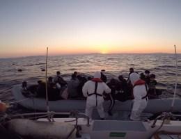 İzmirde 41 Sığınmacı Kurtarıldı