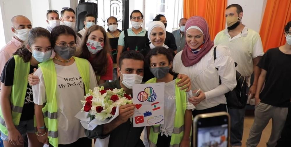 Lübnanda Yardım Kolisi Dağıtıldı