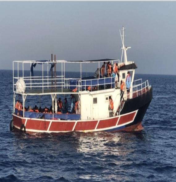 İzmirde 77 Sığınmacı Yakalandı