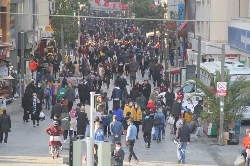 Vakaların Arttığı İzmirde Hafta Sonu Yoğunluğu