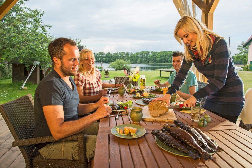 """In der Uckermark als ausgezeichneter """"Nachhaltiger Tourismusregion"""" gibt es liebevoll gestaltete, ökologisch ausgebaute Ferienwohnungen mit Frühstück aus regionalen Produkten."""