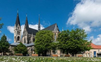 Der Halberstädter Dom ist ein herausragendes Glanzlicht an der Straße der Romanik.