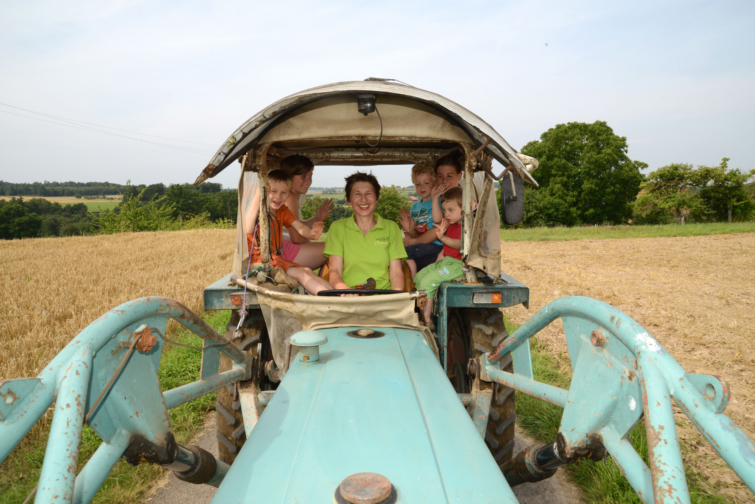 Von Traktorfahrt bis Kanutour