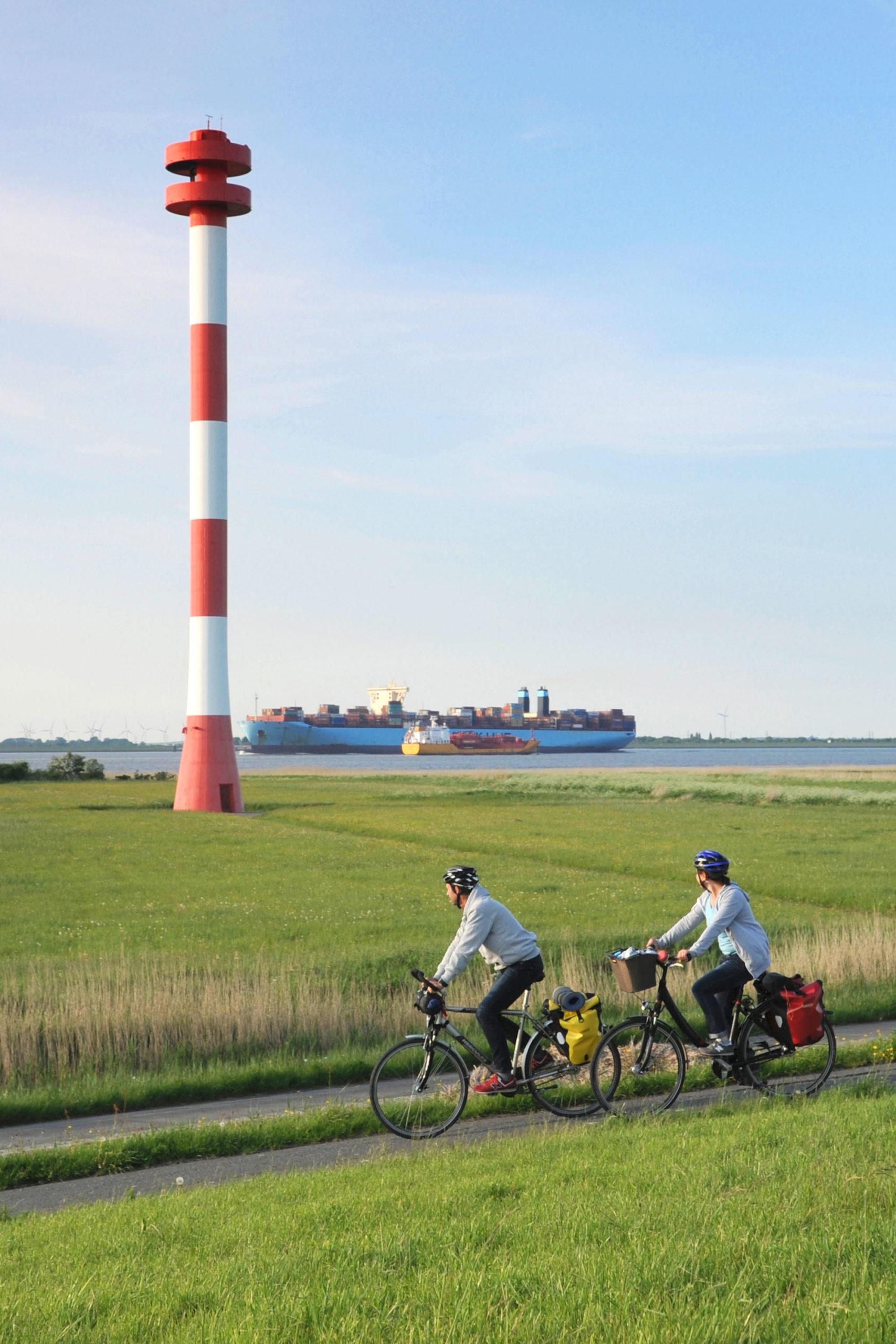 Das Alte Land am Elbstrom vom Fahrrad aus