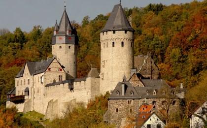 Die Höhenburg Altena