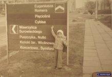 Wbrew pozorom, w pierwszych latach Ursynowa nawet dziecko by się tu nie zgubiło, bo drogę wskazywały tablice takie, jak ta przy ulicy Romera róg Surowieckiego. Potem drogowskazy sukcesywnie znikały. Zdjęcie nadesłał Adrian Jagiełło.