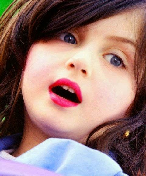 Cute Little Girl Dp for WhatsApp