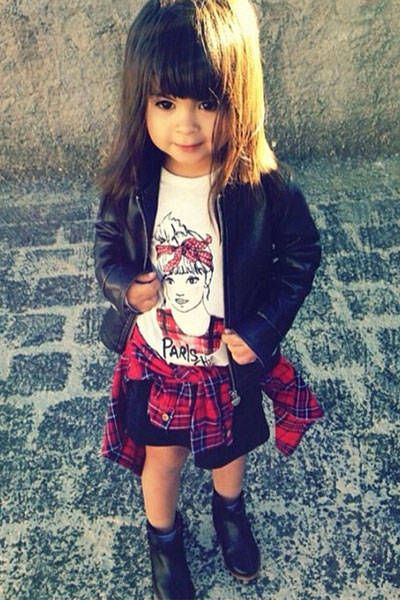 Cute and Stylish Little Girl DP