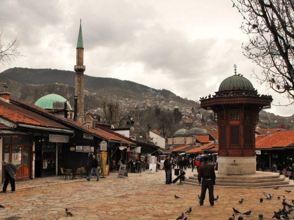 Sarajevë, aty ku historia nuk harrohet