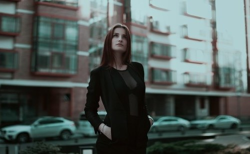 business-lady-1584654_960_720