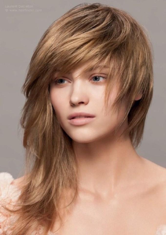 Gaya Rambut ialah bagian tubuh yang paling digemari kaum pria, pacar Anda pasti pernah membelai atau mencium mesra potongan rambut Anda. Jika nggak, mungkin Anda dapat menimbang guna mencari lelaki lain sebagai pendamping.