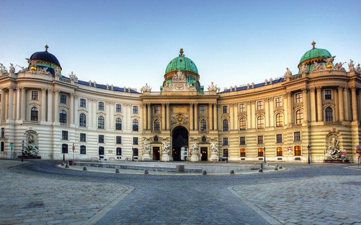 Венский Императорский дворец, Хофбург.