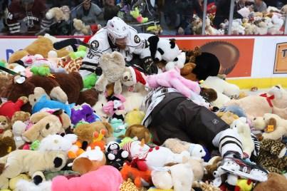 hershey-teddy-bear-toss-2019 - 5