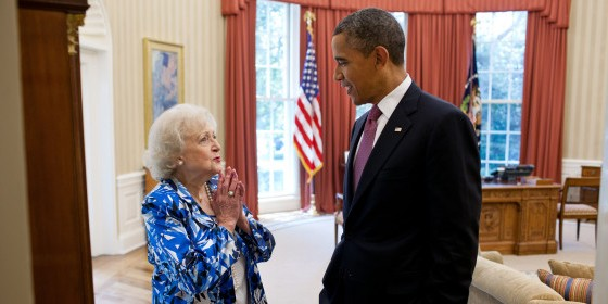o BETTY WHITE BARACK OBAMA 570 e1344632265584
