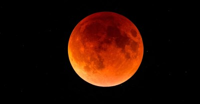 FACT CHECK: Lunar Eclipses Happen Only During Full Moons