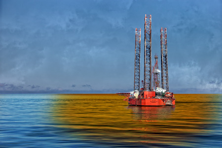 Petroleum spill from the oil rig - Image is an artistic digital rendering  Stock Photo - 28101693