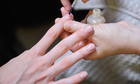 5 Trendy Nail Polish Colors For Spring 2016