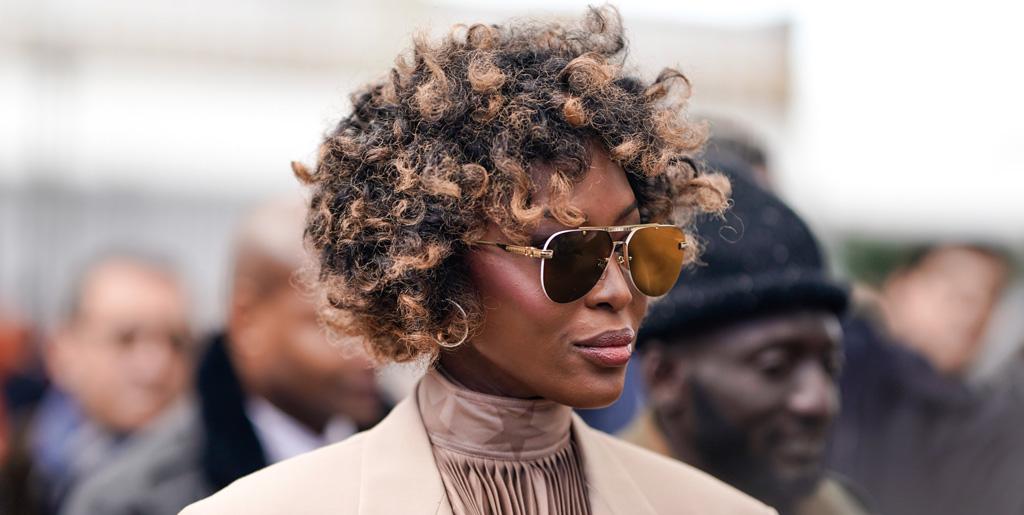 New Do Naomi Campbell Debuts New Hair At Mens Paris
