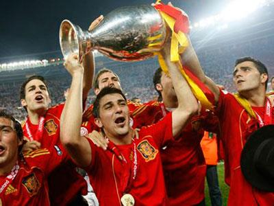 Spain celebrates Euro Cup Title @ Yahoo! Video