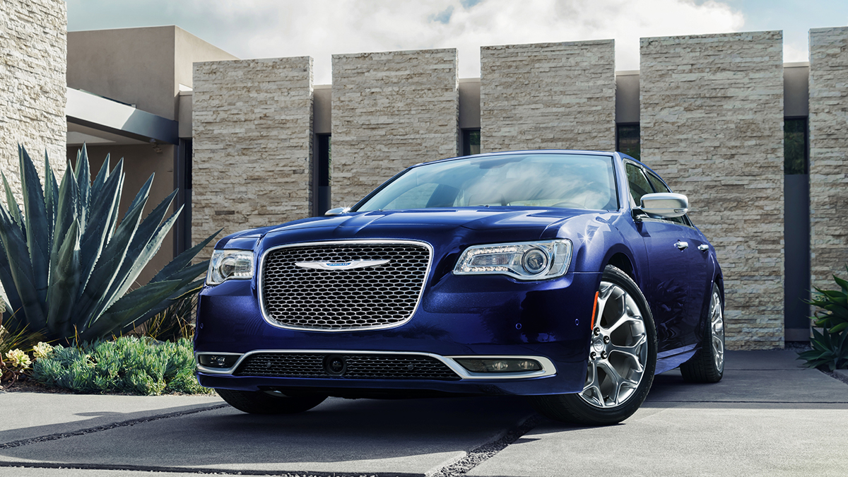 2020 Chrysler 300 Performance and New Engine