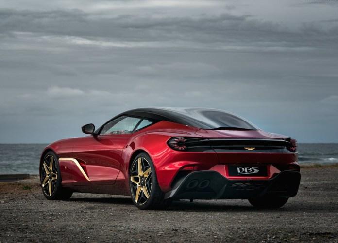 Aston_Martin-DBS_GT_Zagato-2020
